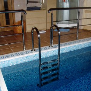 Лестница в бассейн Н-БЛ-9