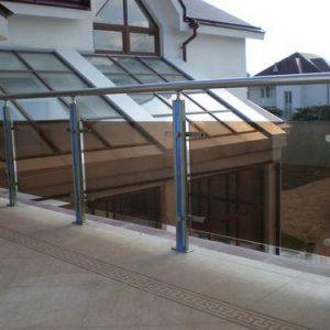 Ограждение балкона со стеклом Н-ОБ-5