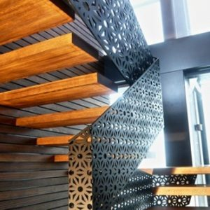 Лестницы с лазерной резкой